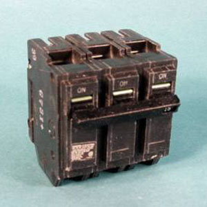 Circuit Breaker THQL32045 GENERAL ELECTRIC